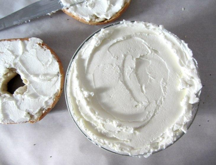 Labneh w bagels top
