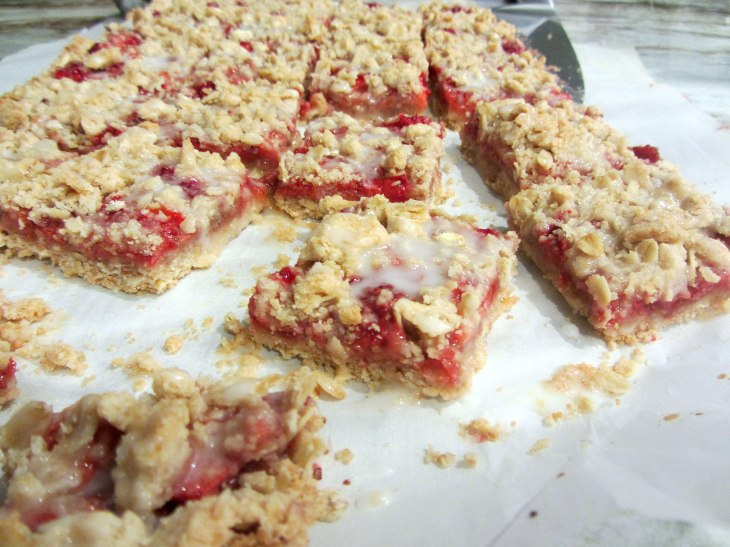 Strawberry oatmeal bars 3