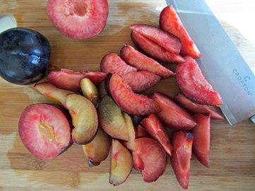 Plum cobbler plum slices